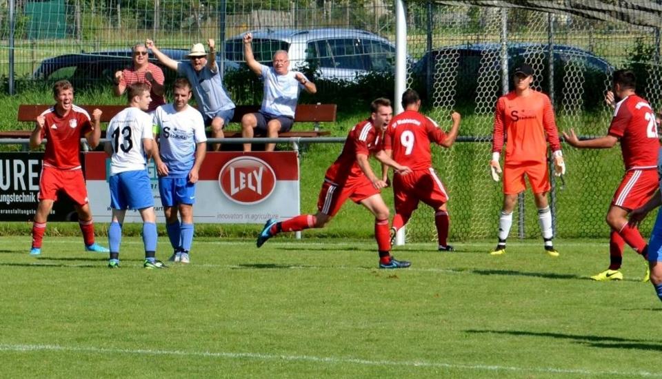 Fußball 1. mannschaft 4